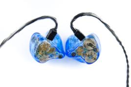 Lime_Ears_LEA_Blue
